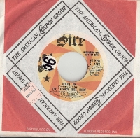 "Strange Bros. Show, The - Right On/ Shakey Jakes, original U.S. 7"" Promo single release on Sire Records SI 4120"